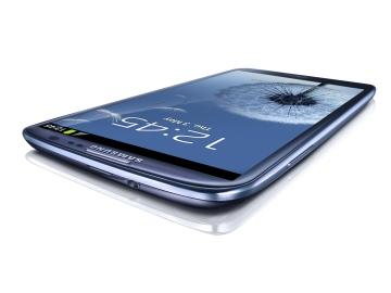 Samsung plus plastic – detest it or love it