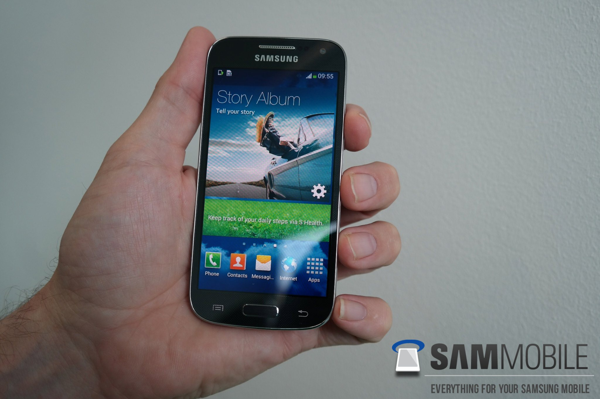 review samsung galaxy s4 mini gt i9195 sammobile. Black Bedroom Furniture Sets. Home Design Ideas