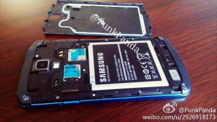 samsung-galaxy-s4-active-09