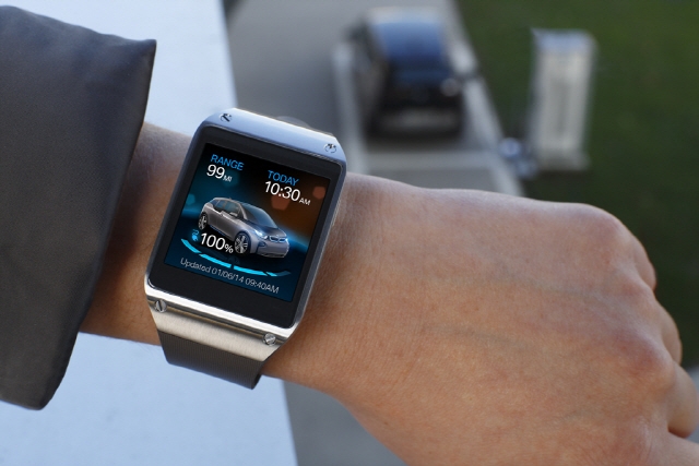 Galaxy Gear and BMW i3_1