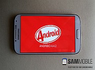 s4-kitkat-feature