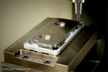 Samsung Galaxy Alpha Metallic Frame Construction - 6