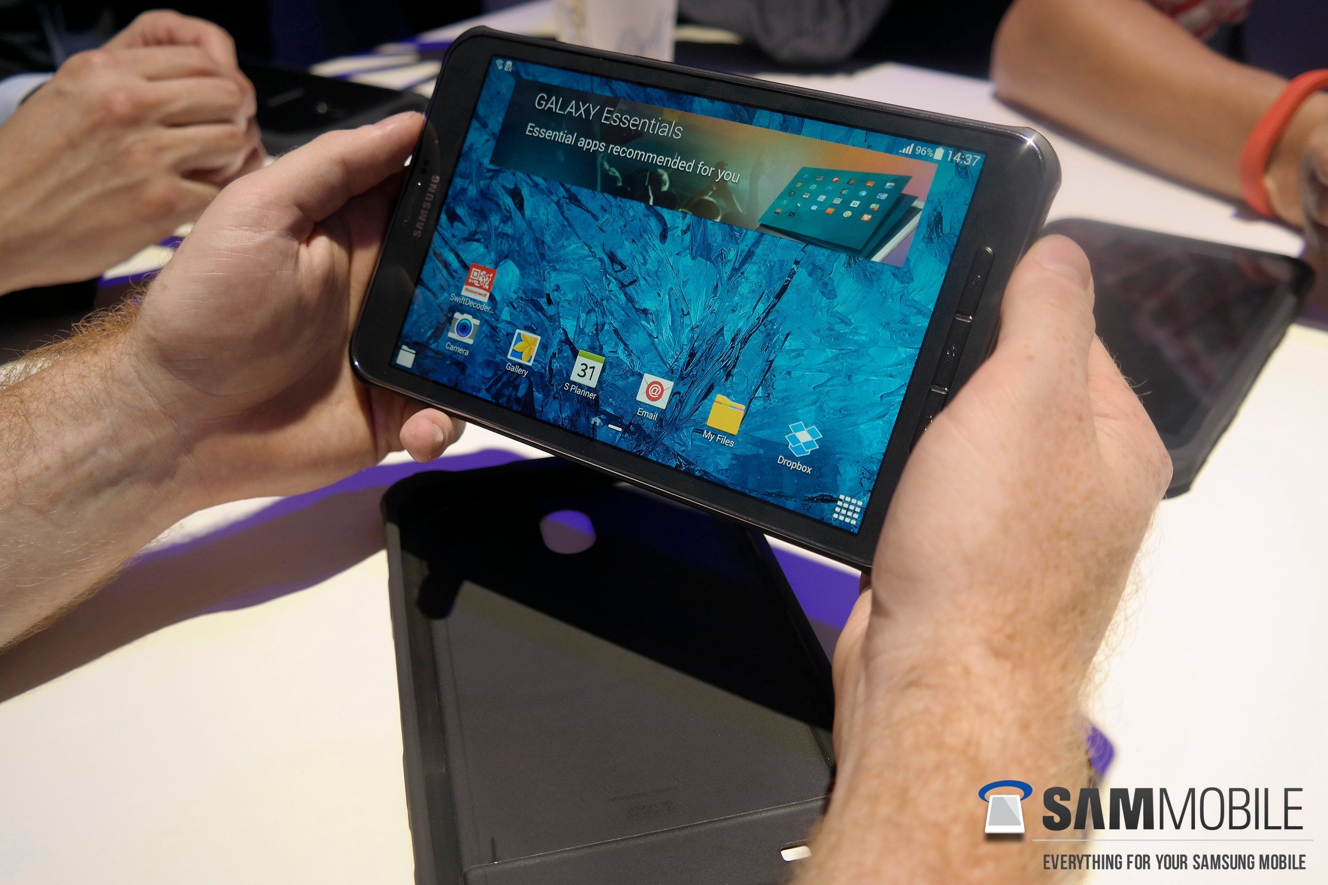 Samsung Galaxy Tab Active Hands-on - SamMobile
