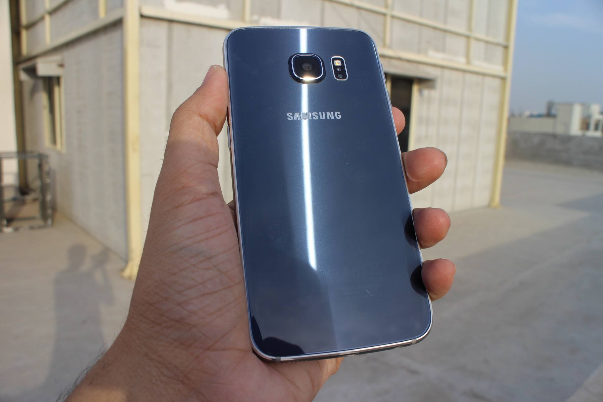 s6-edge-review-back