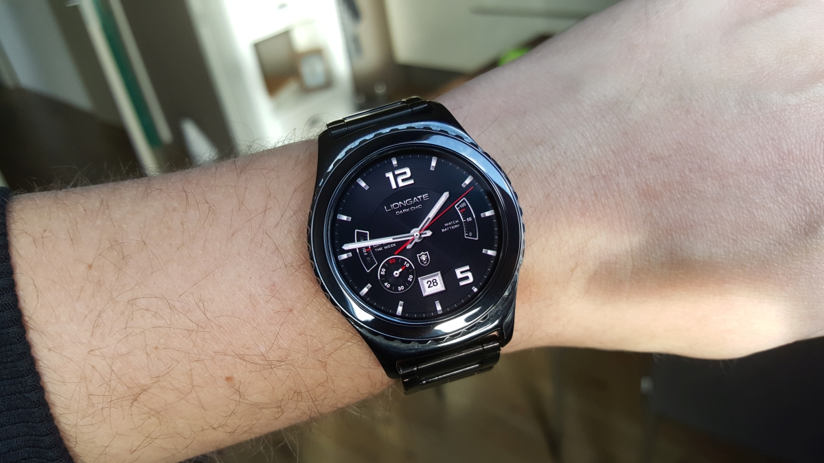 d8508ff57f0 Samsung s watch face section marred with quality control issues - SamMobile  - SamMobile