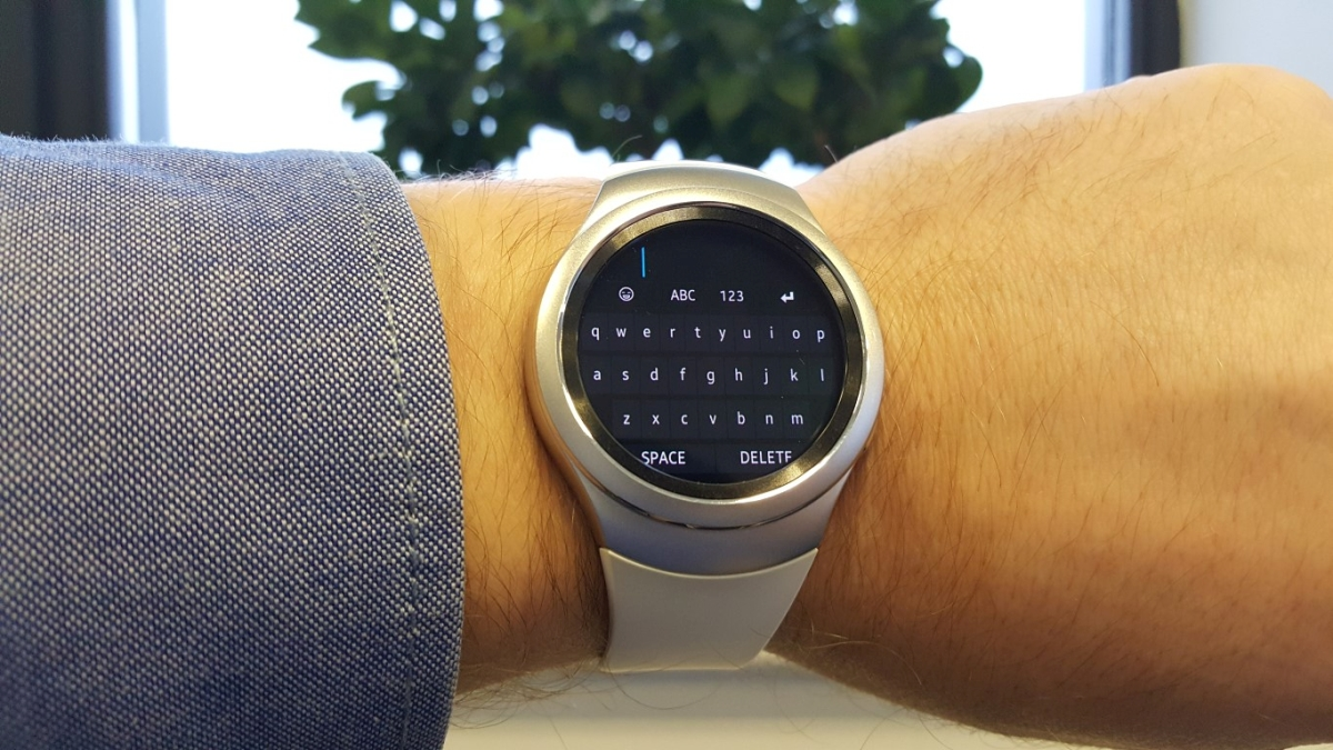 Gear S2 gets full QWERTY keyboard app, way to start messaging