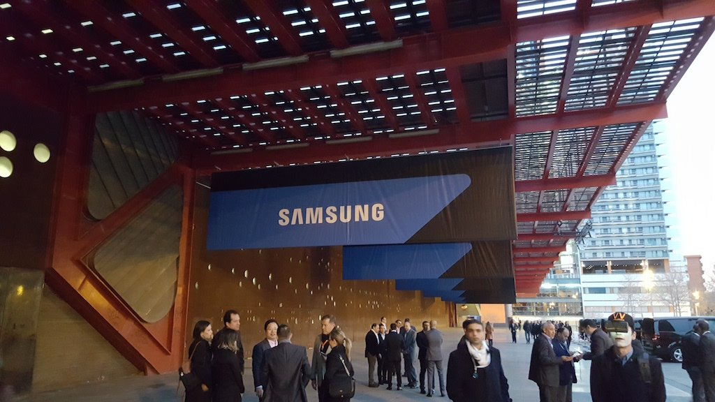 Samsung starts building its new production line for 7nm