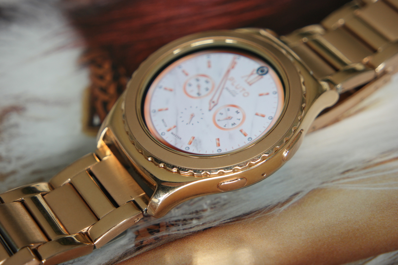 Womans View Samsung Gear S2 Classic 18k Rose Gold