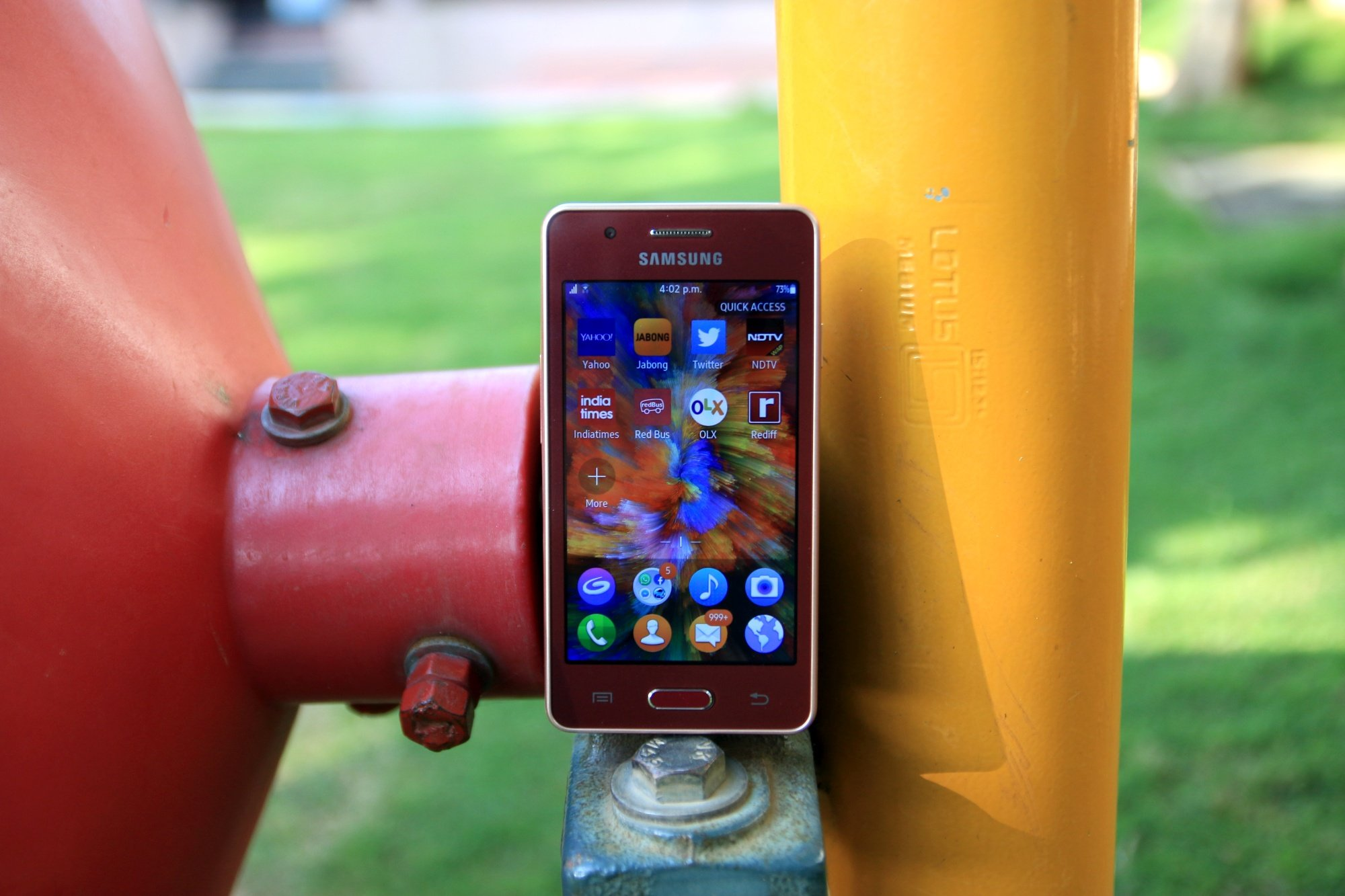Samsung Z2 review: Strictly for first-time smartphone users