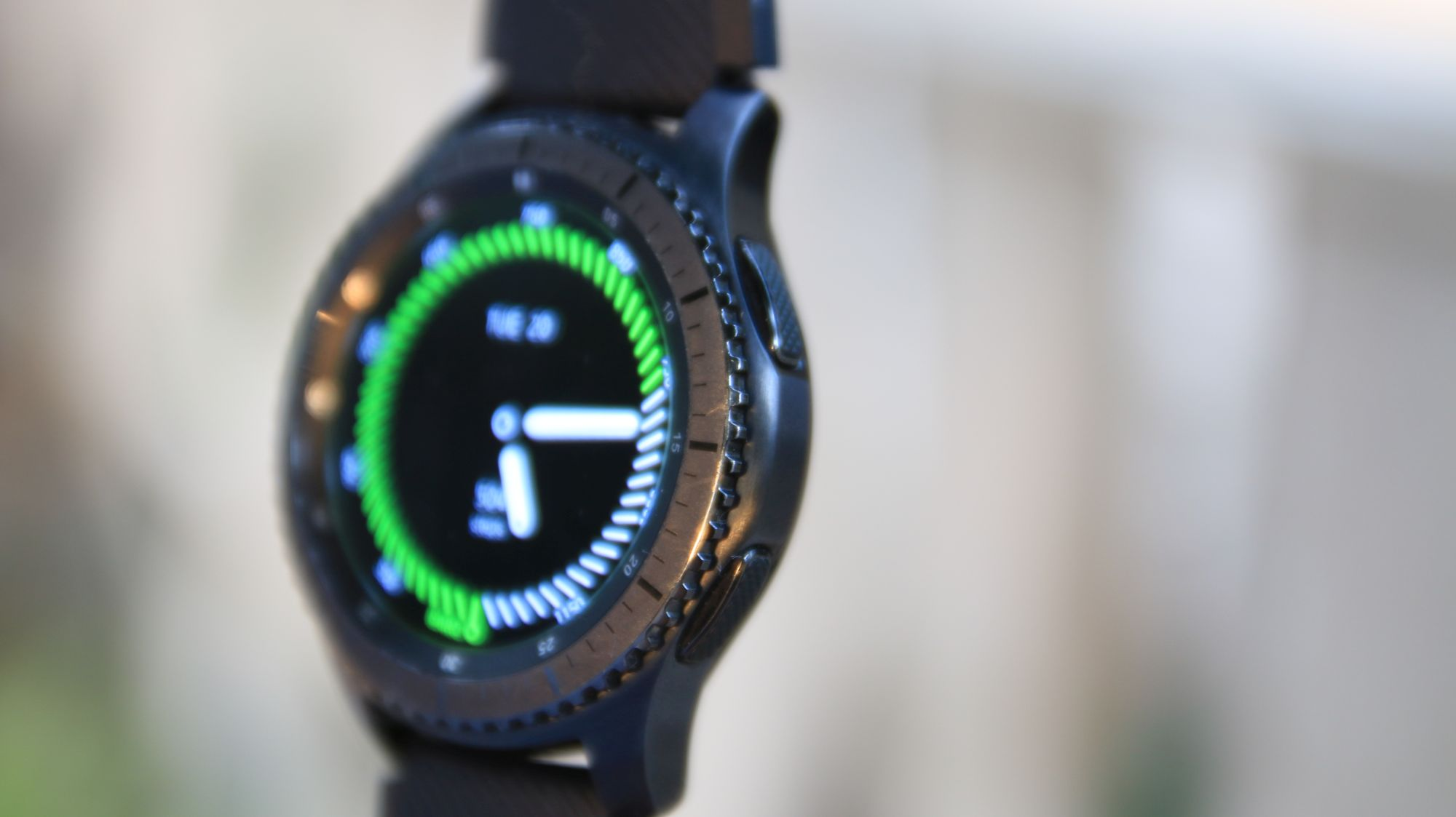 Samsung Gear S3 Frontier review: Outclassing most