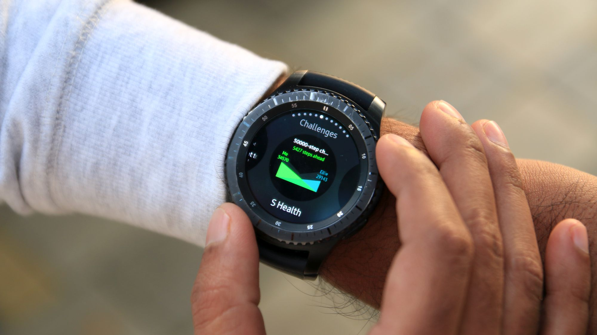 samsung gear s3 frontier review outclassing most. Black Bedroom Furniture Sets. Home Design Ideas