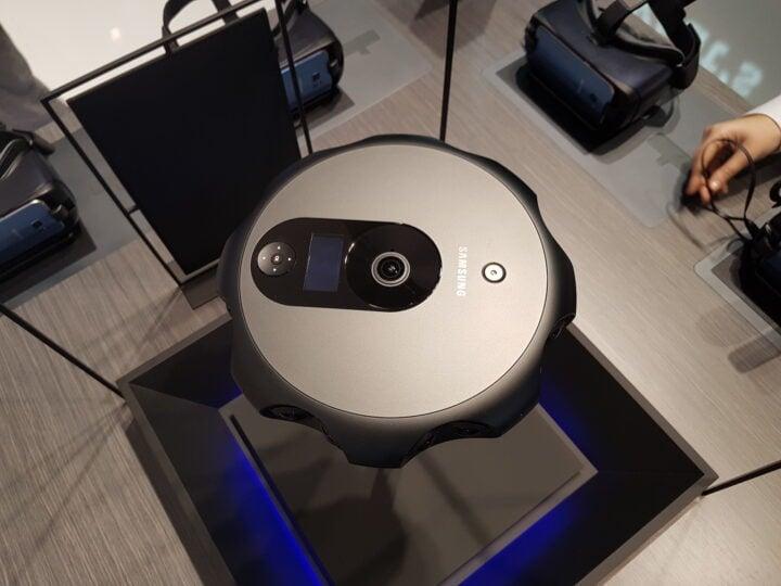 Samsung 3D 360 Camera - 03