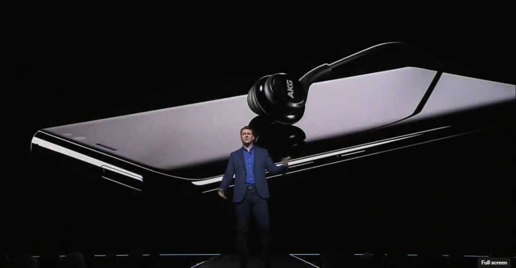 galaxy s8 39 s bundled akg earphones will also be sold. Black Bedroom Furniture Sets. Home Design Ideas