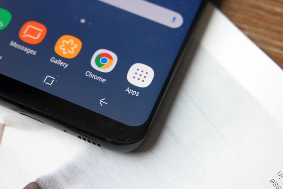 The Galaxy S8 lets you disable the app drawer and put all