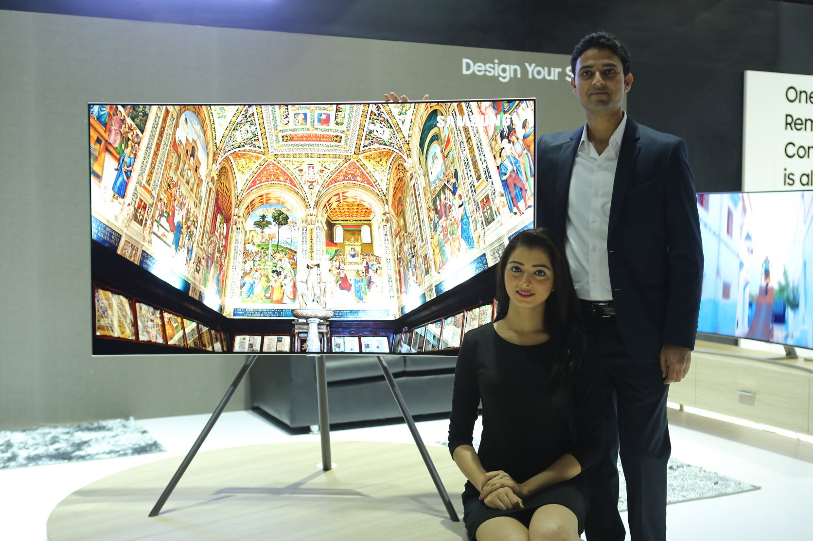 Samsung launches QLED TVs in India, offers a free Galaxy S8+