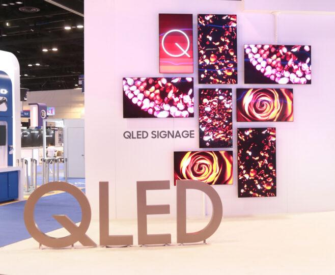 Samsung QLED Signage Display - 004