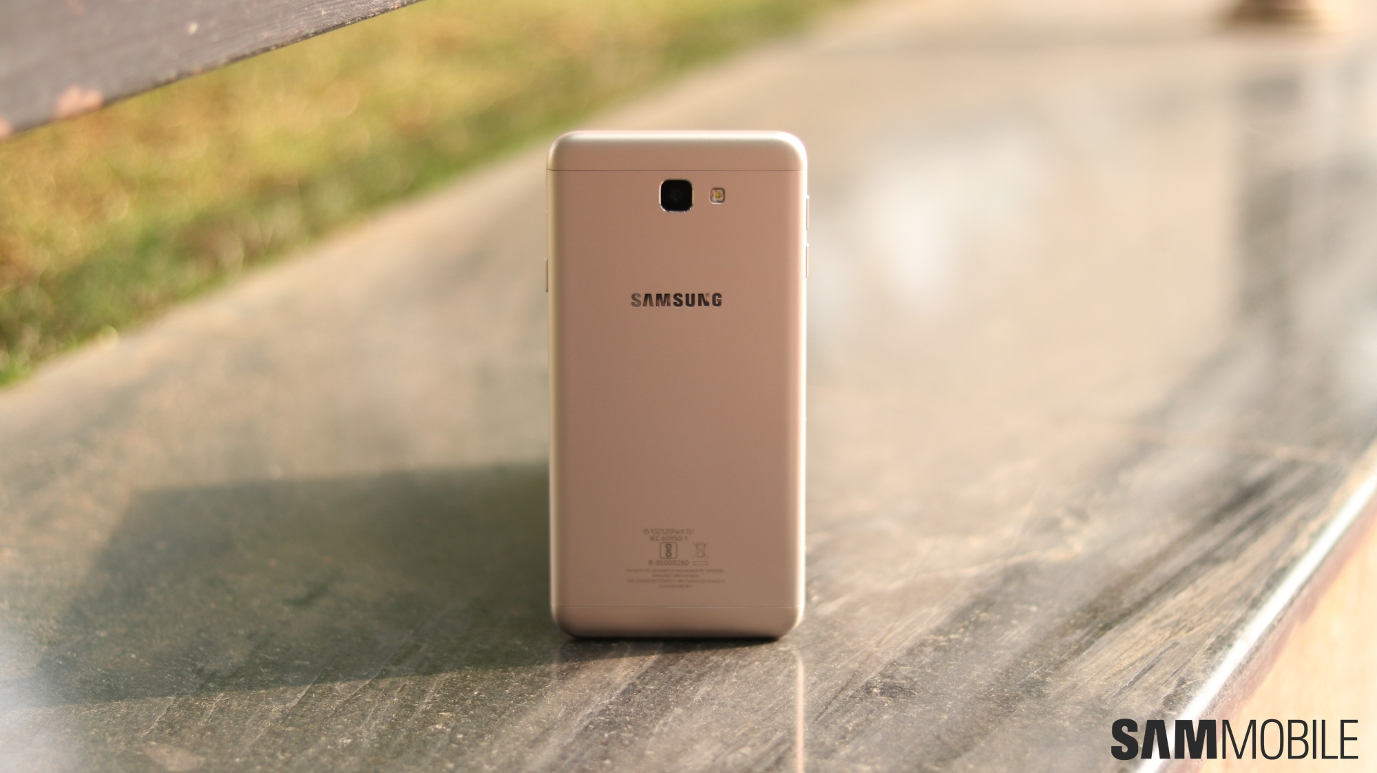 Samsung Galaxy On7 Prime review: Good effort, but not enough