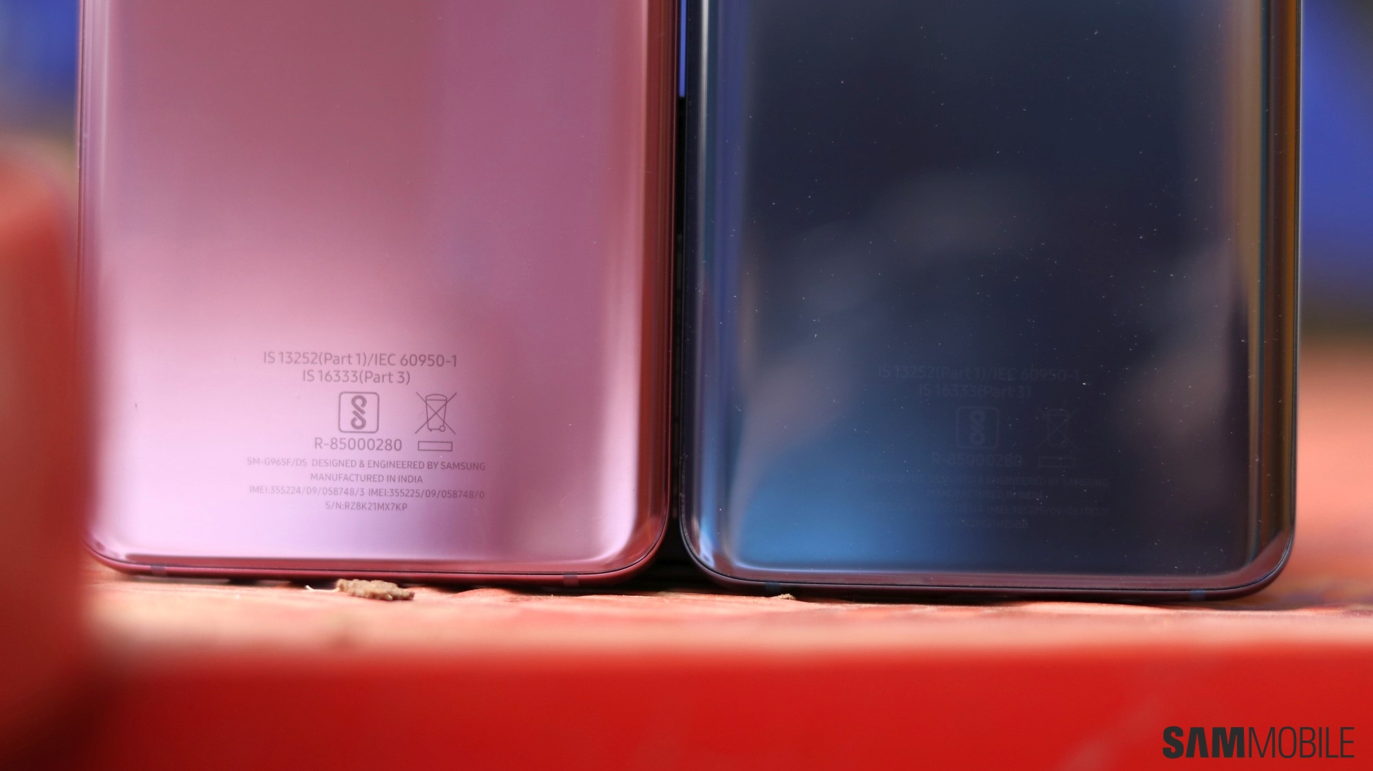 Samsung Galaxy S9 Coral Blue vs Lilac Purple: Side by side