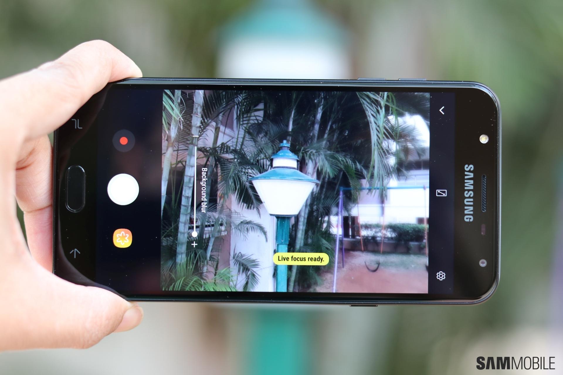 Galaxy J7 Duo update introduces AR Emoji to Samsung's budget lineup