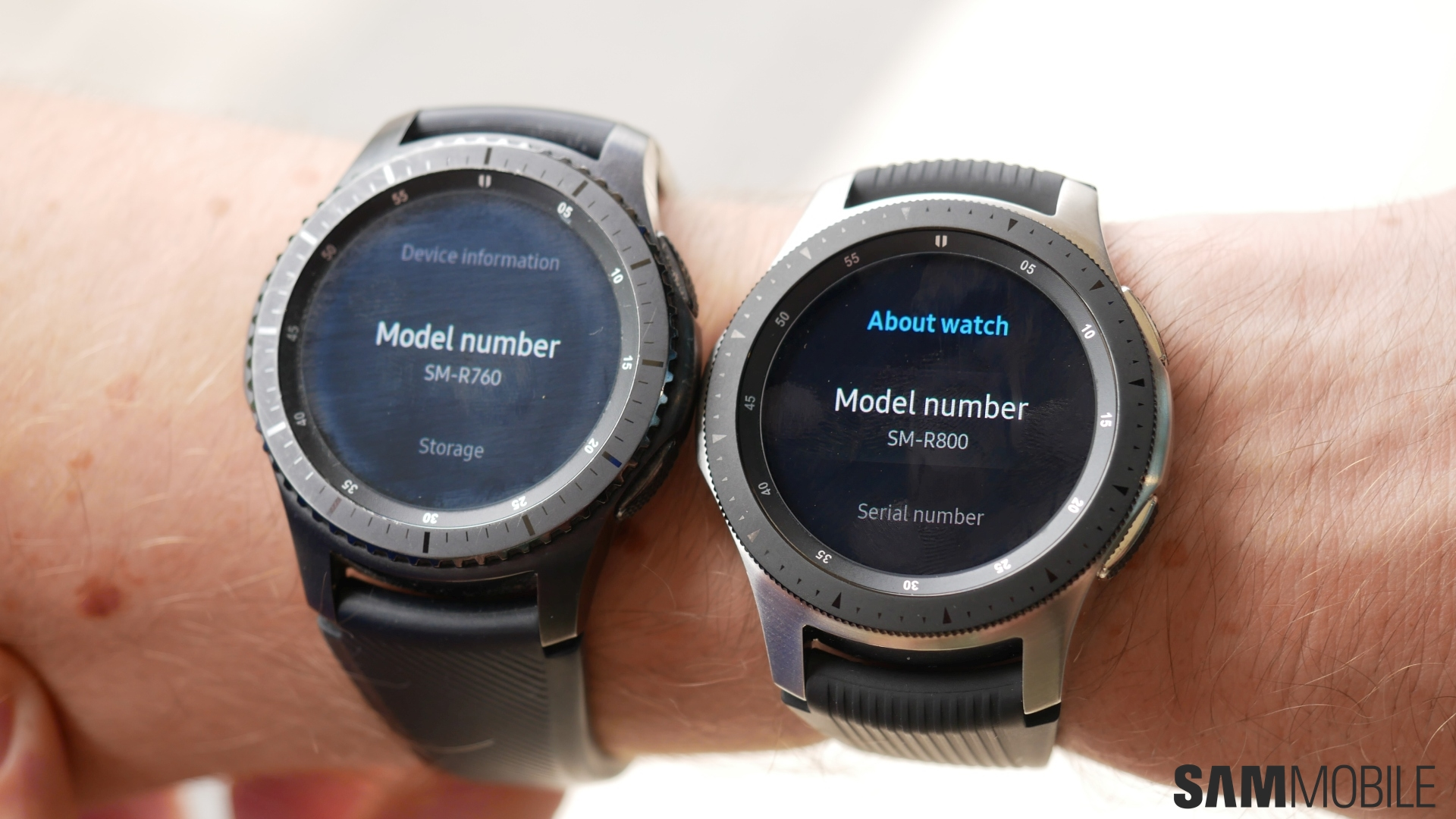 Samsung Galaxy Watch vs Gear S3 in pictures