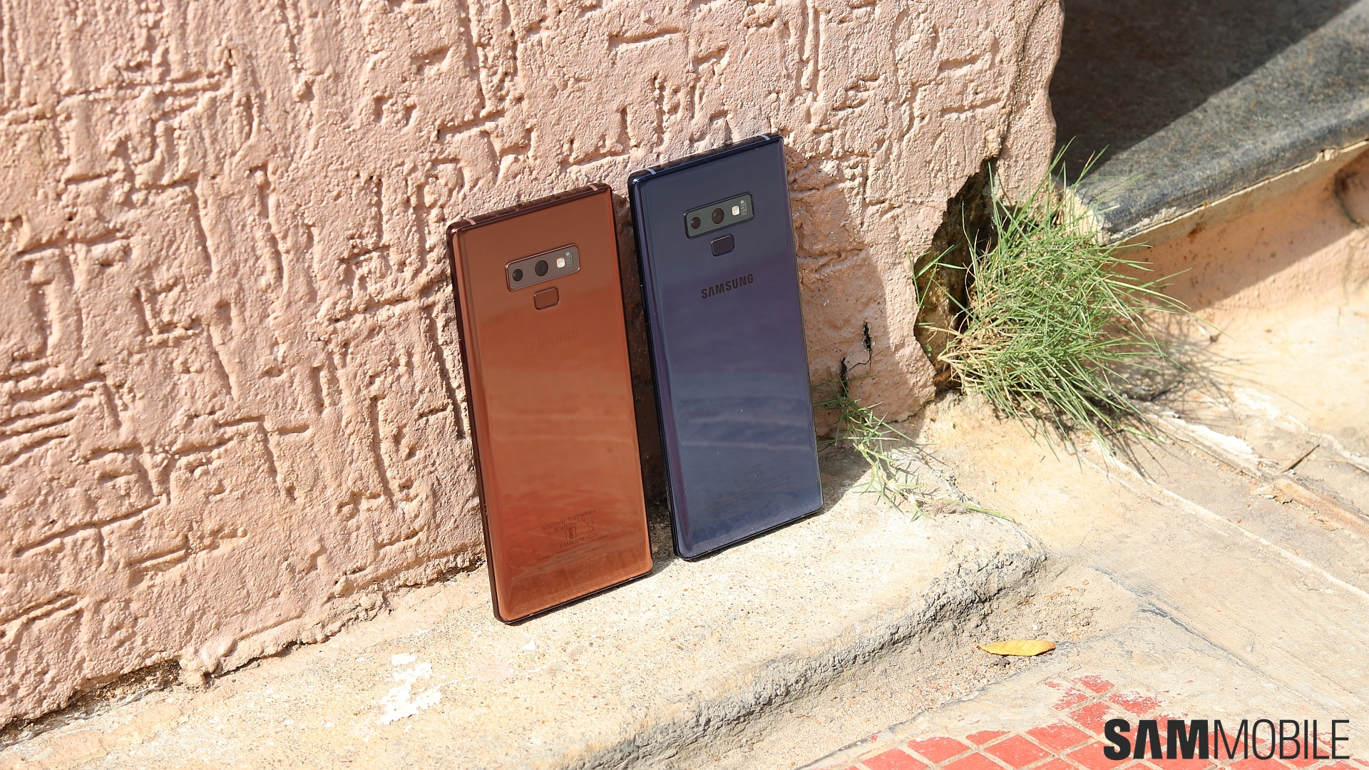 Color war: Galaxy Note 9 Ocean Blue vs Metallic Copper