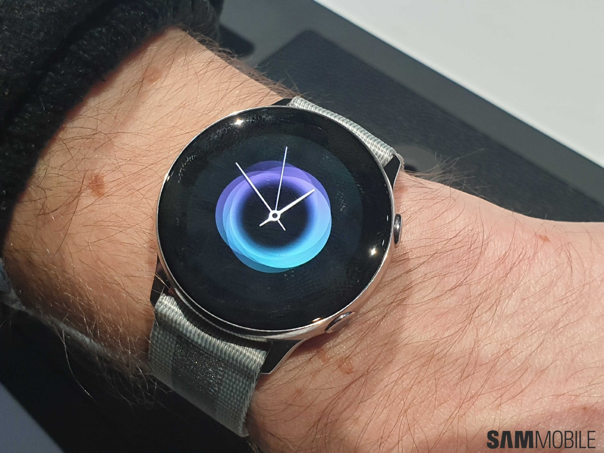 Samsung Galaxy Watch Active Hands On One Ui In Bezel Ring Out Sammobile