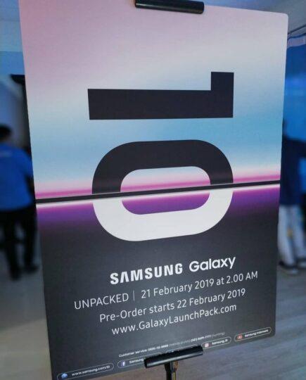 Pre-order Galaxy S10