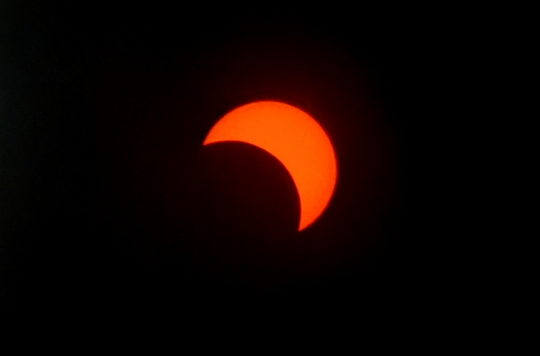Samsung Galaxy S10 Plus Camera Solar Eclipse July 2019 Images Ivan Castro - 02