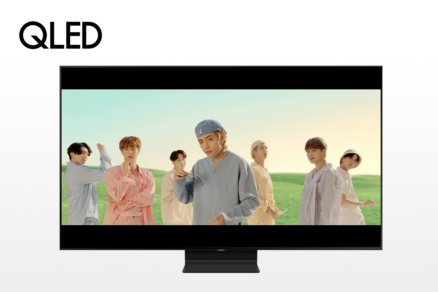 Samsung 4K QLED TV Playing BTS Dynamic Music Video Retail Stores