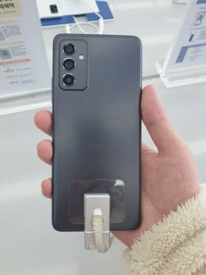 Samsung Galaxy Quantum 2 Camera
