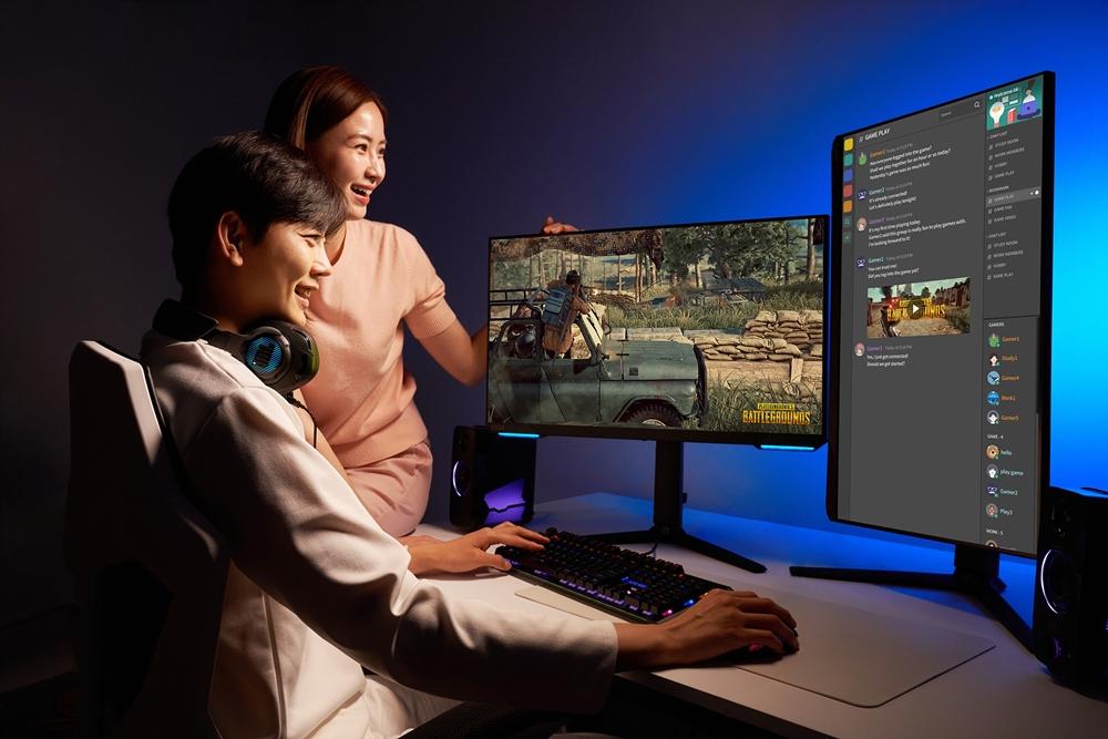 Samsung Odyssey G7 Gaming Dual Monitor South Korea